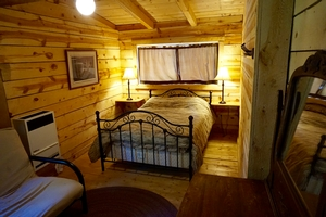 Sage Cabin - Bedroom 1
